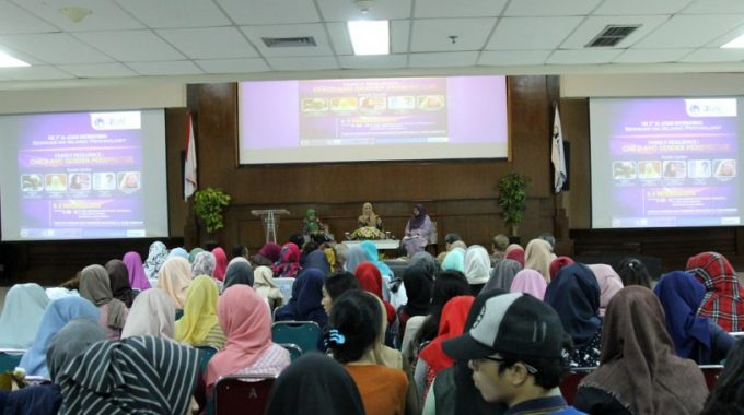 "Seminar The 2nd Al Azhar International of Islamic Psychology (AISIP 2016) ""Family Resilience: Child and Gender Perspective"""